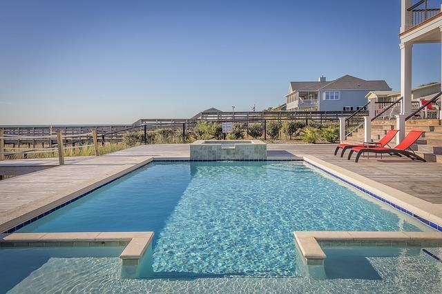luxusní bazén.jpg